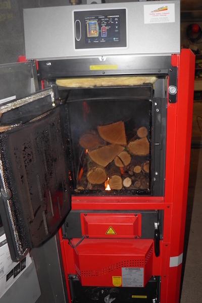 Chaudiere bois granule copeaux installation amancey levier ornans quingey haut doubs - Chaudiere a granules de bois ...